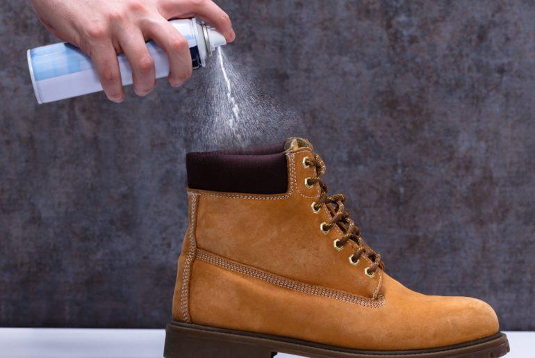 Spray protettore scarpe